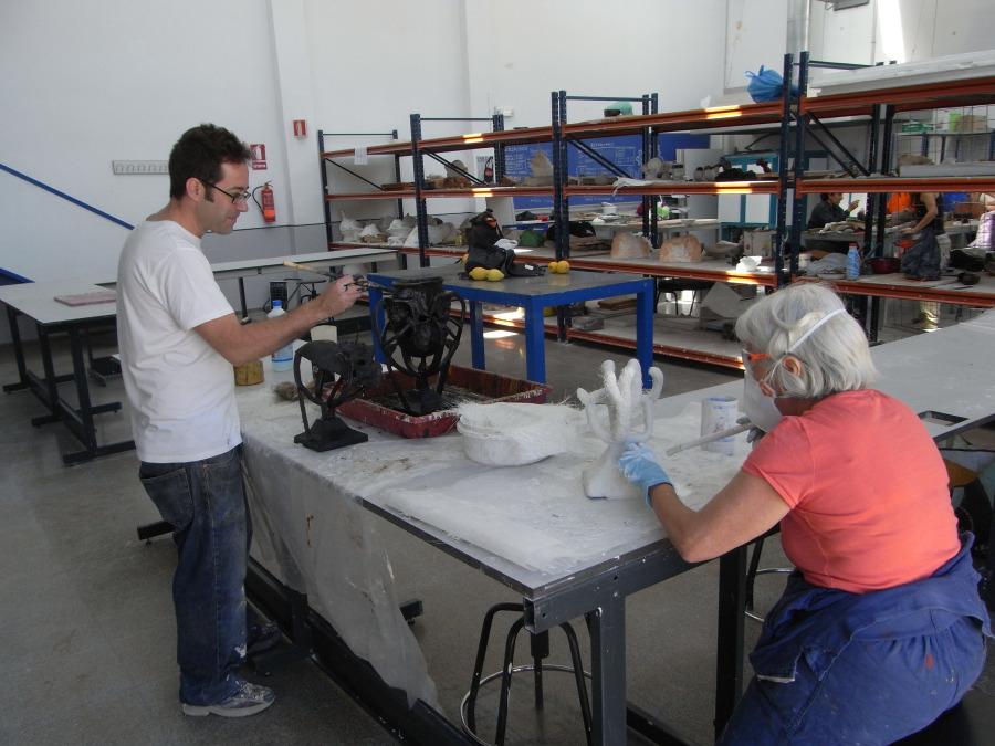 Fundido al rojo: la escultura en bronce en el taller de fundición de la Facultad de Bellas Artes de Altea (4/6)