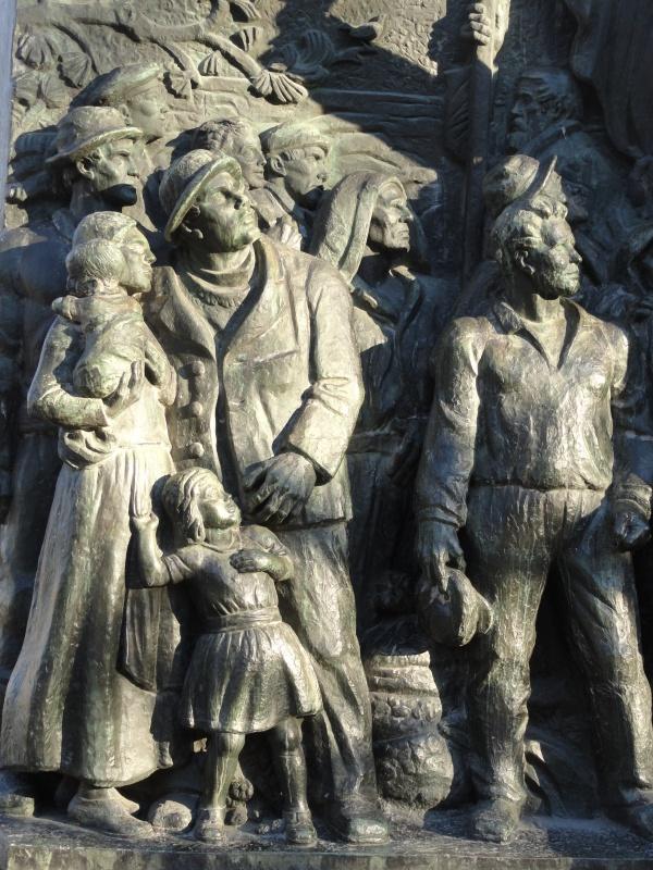 Carl Eldh.Monumento a Branting. Fundador del Partido Socialdemocrata sueco en 1889. Detalle. Estocolmo. Foto R.Puig