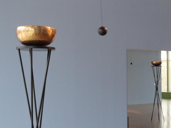 Jeppe Hein.Singing balls.Bonnierskonsthall.Foto R.Puig