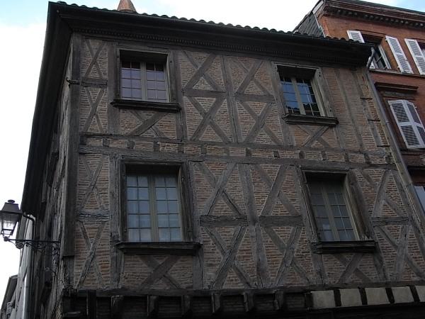 Fachada del viejo Toulouse. Foto R.Puig.