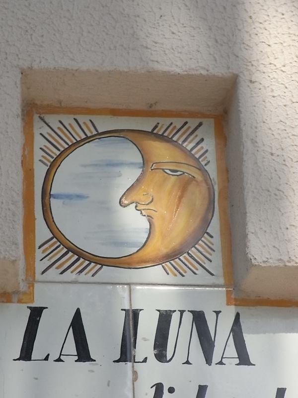 Luna triste. Sueca. N.Sra. de Sales.Foto R.Puig