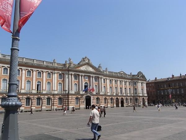 Plaza del Capitolio de Toulouse. Foto R.Puig.
