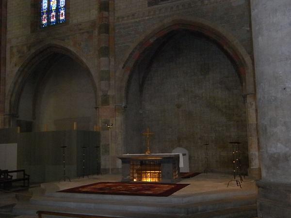 Sepulcro de Tomás de Aquino. Iglesia de los dominicos o Les Jacobins. Toulouse. Foto R.Puig.