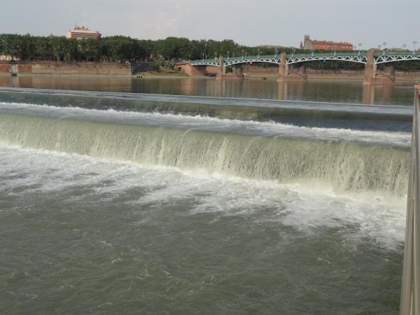 Toulouse. Vista del Garona desde la orilla de Les Abattoirs. Foto R.Puig.