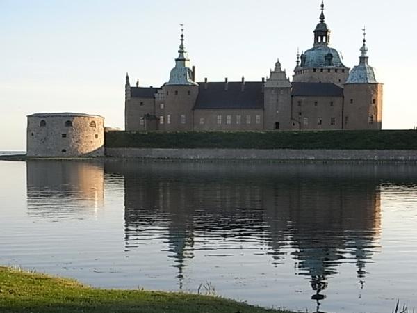 El castillo de Kalmar al caer la tarde. Foto R.Puig.