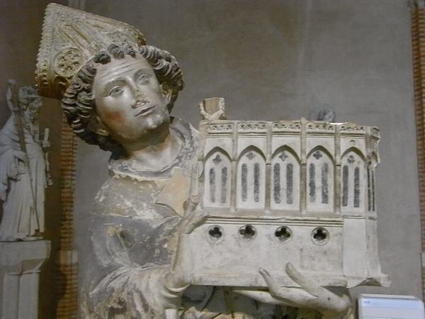 El obispo Tissendier donando la capilla de Rieux. s.XIV. Les Augustins. Foto R.Puig.