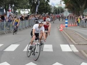 La salida de los ciclistas. Ironman Kalmar 2013. Foto R.Puig