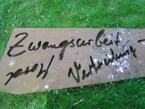 Trabajo forzado. Dotlingen. Monumento a todas las víctimas de las guerras. Foto R.Puig.