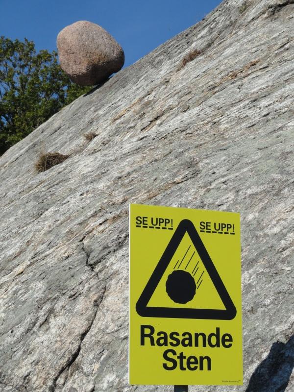 Atencion a la caida de la piedra. Torkel Olausson.Pilane. Foto R.Puig.