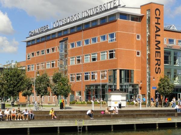 Escuela de Ingenieria. Lindholmen. Foto R.Puig.