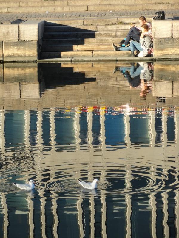 Cálido rincón junto al canal.Gotemburgo. Foto R.Puig.