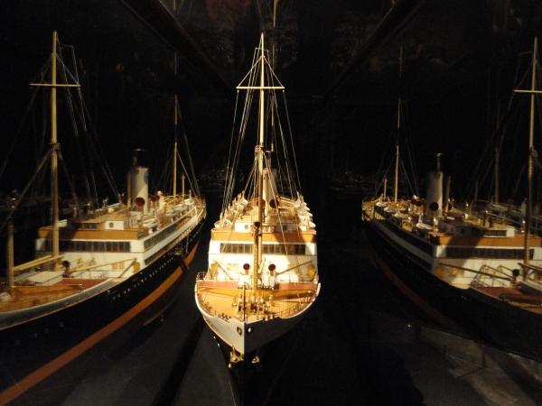 Efectos en el cristal. Sjöfarts Museet. Foto R.Puig.