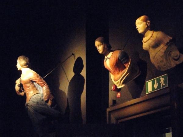 Mascarones de proa.Sjöfarts Museet. Foto R.Puig.