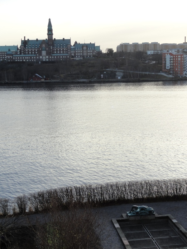 Estocolmo desde Waldemarsudde. La Näckrosen de Per Hasselberg.  Foto R.Puig.