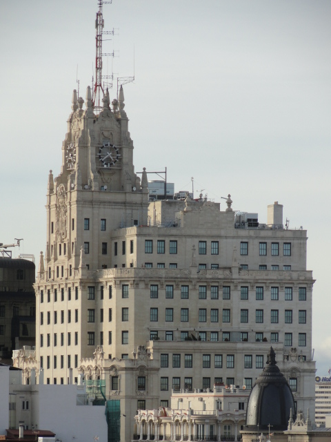 El edificio de Telefónica desde el Círculo de Bellas Artes. Foto R.Puig