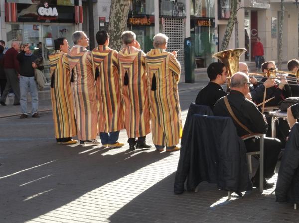La comparsa de Los walis de Denia. Foto R.Puig
