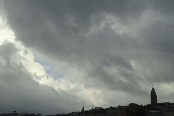 Cielo de bochorno en Gotemburgo. Foto R.Puig