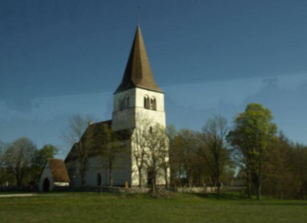 Iglesia cerca de Slite. Foto R.Puig