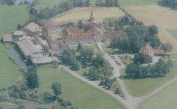 Vista aérea de la Abadía de Acey