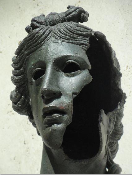 Apolo. Detalle. Museo Arqueológico Nacional. Madrid. Época hispanoromana.Foto R.Puig
