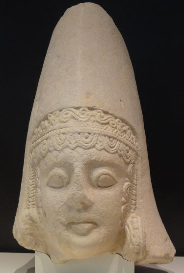 Cabeza femenina ibérica .Museo Arqueológico Nacional. Madrid. Protohistoria. Foto R.Puig