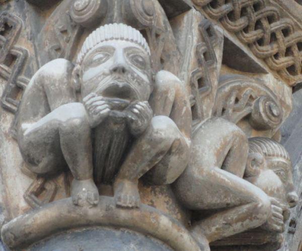 Catedral de Oloron Sainte Marie. Agobio y llanto. Foto R.Puig