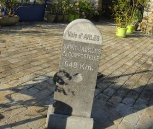 Oloron Sainte Marie. Hasta Compostela 948 km. Foto R.Puig