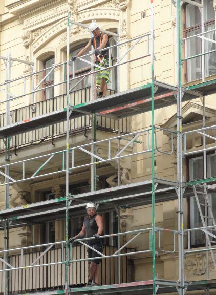 Remozando fachadas. Foto R.Puig