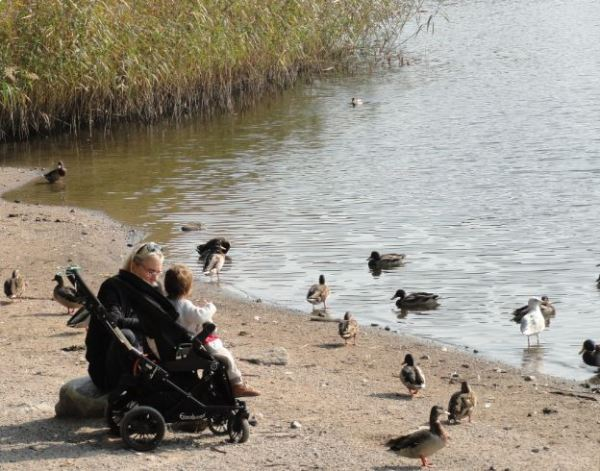 La abuela y el nieto. Foto R.Puig