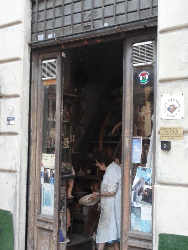 La tienda de Squatriti. La patrona. Roma. Foto R.Puig