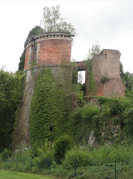 Las ruinas son románticas. Beauraing. Foto R.Puig