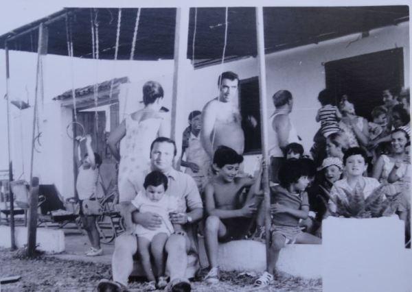 En la playa de entonces. Foto Chover