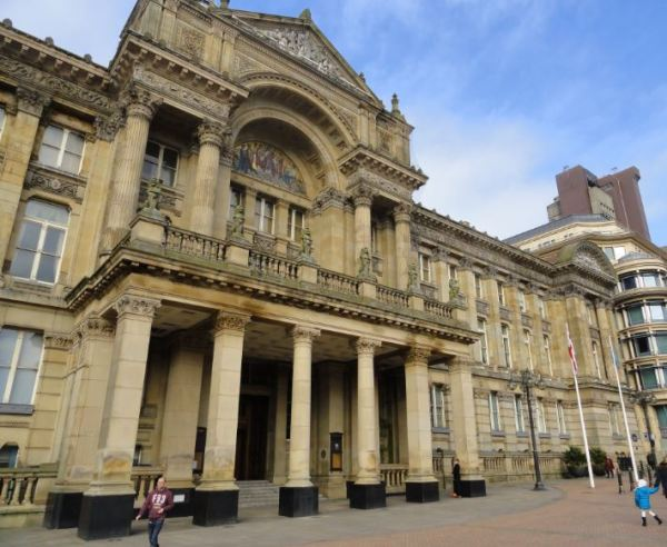 Birmingham. La fachada del Museo. Foto R.Puig