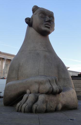 Guardian by Dhruva Mistry. Victoria Square. Birmingham. Foto R.Puig