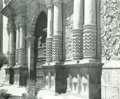 Arequipa. Portal de la iglesia de los Jesuitas. Foto Manuel Scollo 1950