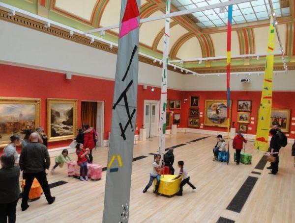 Aspecto de la sala Victoriana acomodada para los niños. . Museo de Leicester. Foto R.Puig