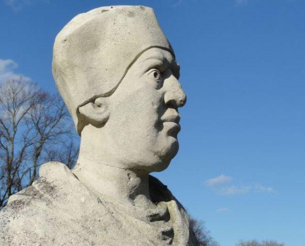 Estatua del Cardenal Wolsey en Abbey Park. Detalle. Foto R.Puig