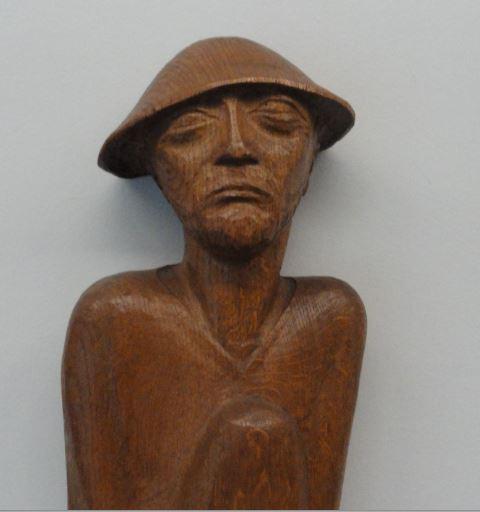 El vagabundo. Ernst Barlach. Roble. Detalle. Friso de los que escuchan 1931 a 1935.Foto R.Puig