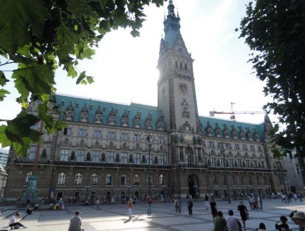 Hamburgo. Plaza del Ayuntamiuento. Foto R.Puig