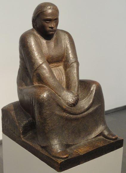 La pensadora. Ernst Barlach. Roble. 1910. Foto R.Puig