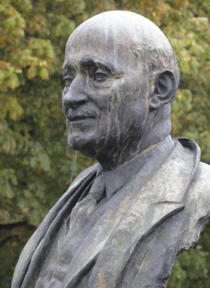 Robert Schuman por Nat Newean. Bruselas. Foto R.Puig