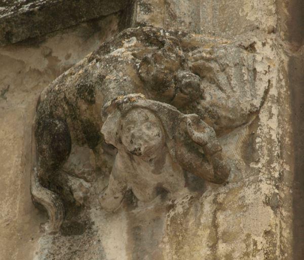 glesia de Falaise. Figura de la cerda criminal. Foto R.Puig