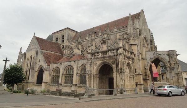 Iglesia de Falaise. Foto R.Puig