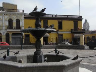 Lima. Plaza de San Francisco. Foto R.Puig
