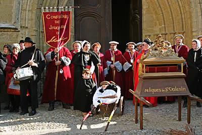 Reliquias de San Valentin en procesión en Roquemaure. Francia