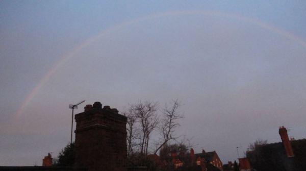 Amanece en el patio trasero. Leicester. Foto R.Puig
