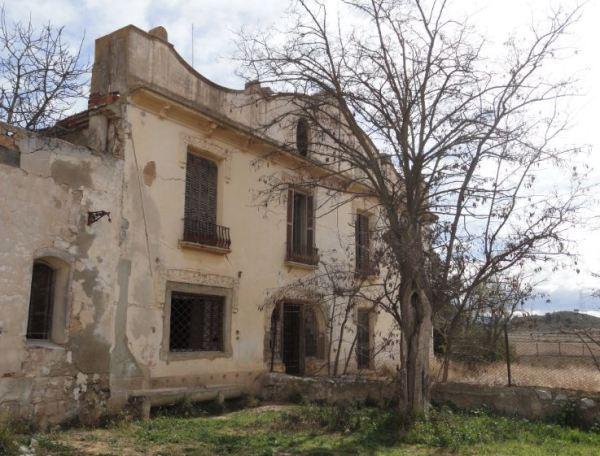 El palacio. Fachada posterior. Santa Eulalia. Foto R.Puig