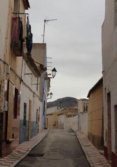 Sax. Calle del casco antiguo. Foto R.Puig