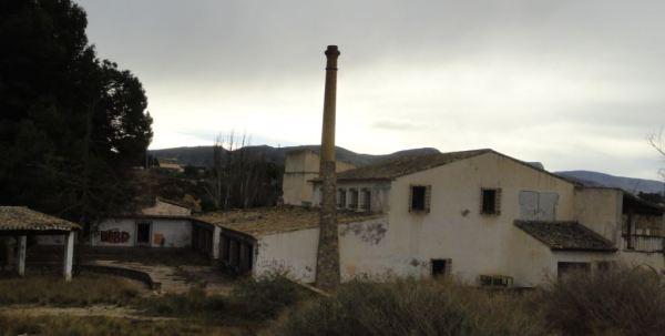 Sax. El antiguo molino junto al río Vinalopó.. Foto R.Puig