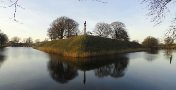 La ciudadela y su foso. Landskrona. Foto R.Puig